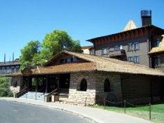 El Tovar Lodge at South Rim of Grand Canyon